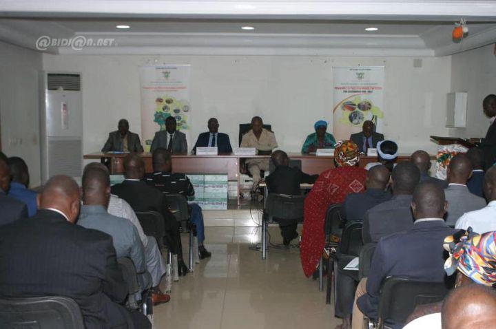 Économie: Des opportunités d'investissements issues du programme des Pôles Economiques Compétitifs (PEC) présentées au secteur privé