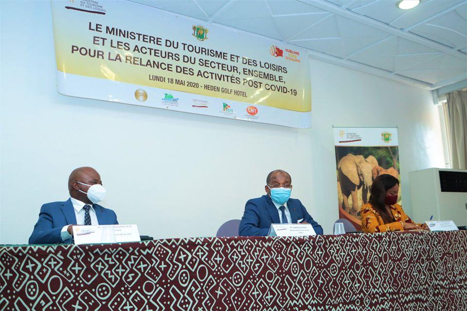 Image Industrie touristique/COVID 19 : le ministre Siandou Fofana et les acteurs partagent les recettes de la relance après la crise sanitaire