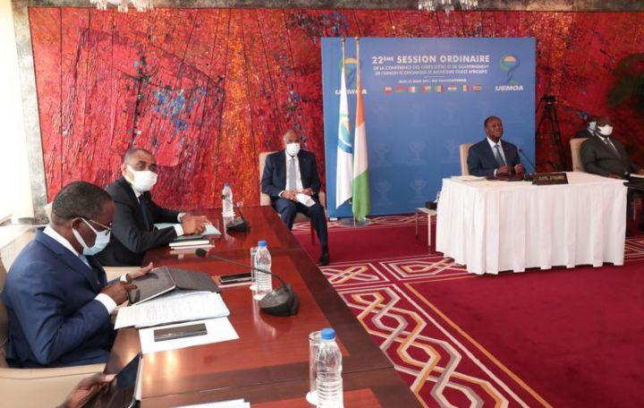 Espace UEMOA : le Président ivoirien Alassane Ouattara annonce un taux de croissance estimé à 5,8% en 2021