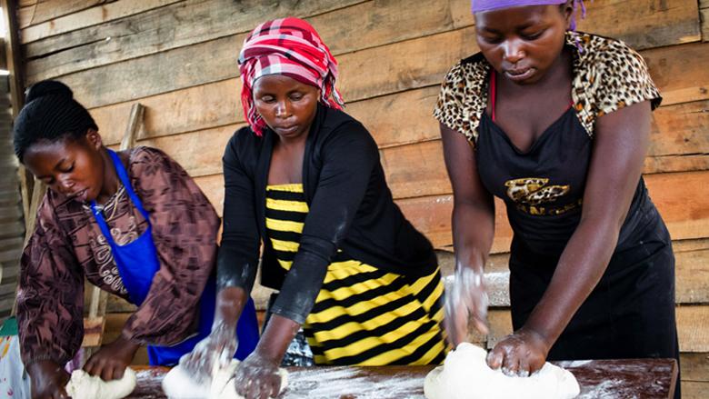 Image Initiative AFAWA de la Banque africaine de développement : Séminaire d'information avec ImpactHER et ONU Femmes : Autonomiser les femmes entrepreneures dans la lutte contre le Covid-19 : le rôle des gouvernements